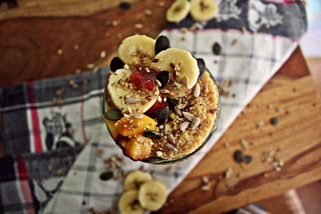couscous - overnight - banane - pfirsich